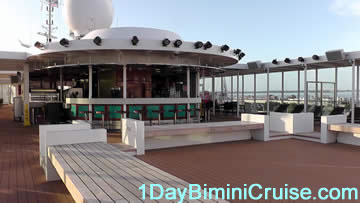 1 day Bimini cruise bar and outdoor dance club Bimini